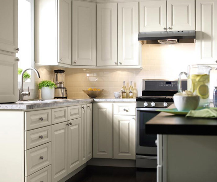 Kitchen Cabinet Door Painting: Homecrest Cabinetry